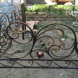 Фото ограда орешник
