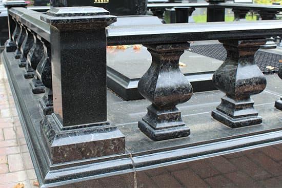 фото балясины на могилу